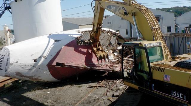 Come demolire le barche obsolete?