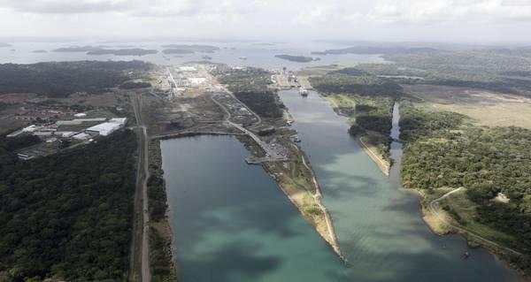 Canale Panama: ampliamento concluso entro luglio