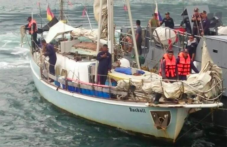 Alle Filippine un gruppo di pirati rapisce uno skipper tedesco e uccide la moglie