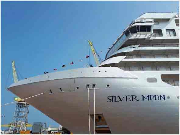 Fincantieri: varata ad Ancona la nave da crociera Silver Moon