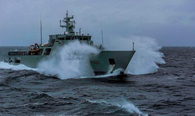 Solitario italiano salvato dalla Marina Portoghese